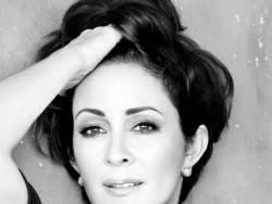 Patricia Heaton glam and no glam