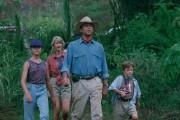 Парк Юрского периода / Jurassic Park (Сэм Нил, Джефф Голдблюм, Лора Дерн, 1993)  D64a23510425320