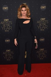 Shania Twain - CMT Artists of the Year 2016 10/19/16
