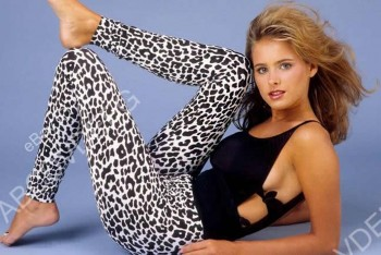 Ami Dolenz: Sexy In Leopard Print Pants: HQ x 1