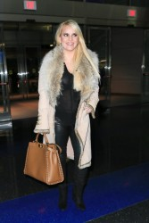 Jessica Simpson - Arriving at LAX 10/26/16