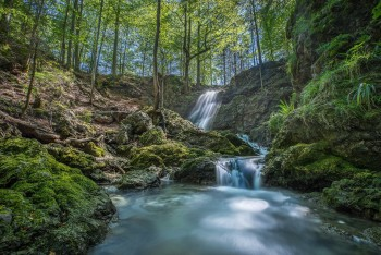 Невероятно  великолепные водопады