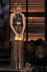 Taylor Swift - 50th CMA Awards 11/02/16