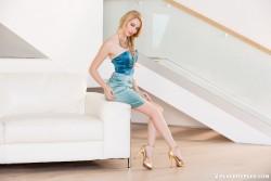 http://thumbnails115.imagebam.com/51374/00f7ce513739895.jpg