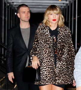 Taylor Swift - out at night in NYC - 11/07/16
