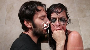 Brandy Aniston (Brandy Aniston Face Fucked in the Shower / 9.11.2015) 1080p