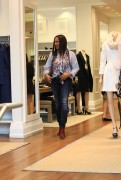 Garcelle Beauvais goes shopping in Beverly 14