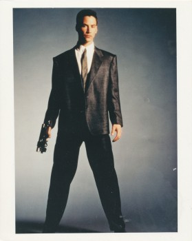 Джонни-мнемоник / Johnny Mnemonic (Киану Ривз, 1995) 0cadd3515334260