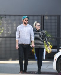 Miley Cyrus - Out for lunch in LA 11/17/16