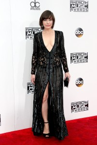 Milla Jovovich - UHQ's At The 2016 American Music Awards in Los Angeles (11/20/16)