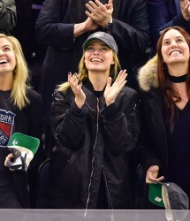 Margot Robbie - At the New York Rangers Game 11/27/16