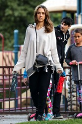 Jessica Alba - At the park in Beverly Hills 11/27/16