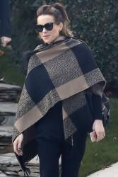 Kate Beckinsale - Leaving her home in LA 11/27/16