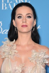 Katy Perry - 12th Annual UNICEF Snowflake Ball in New York City 11/29/16
