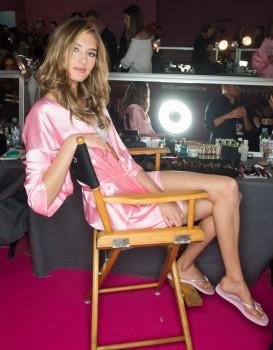 Sanne Vloet - Victoria Secret Show  Paris  30.11.2016
