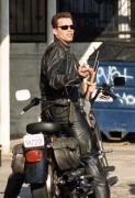 Терминатор 2 - Судный день / Terminator 2 Judgment Day (Арнольд Шварценеггер, Линда Хэмилтон, Эдвард Ферлонг, 1991) - Страница 2 9e83f3518698181