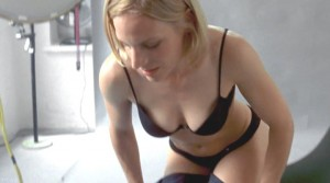 Mimi Fiedler  nackt