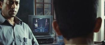 Slumdog Millionaire 2008 720p BluRay DTS x264-ESiR screenshots