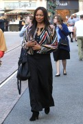 Garcelle Beauvais Does some holiday shopping 6
