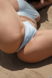http://thumbnails115.imagebam.com/49646/275e23496451470.jpg